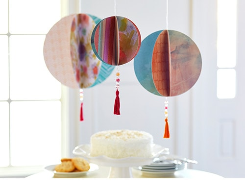 PAPER BALL HANGING DECORATION