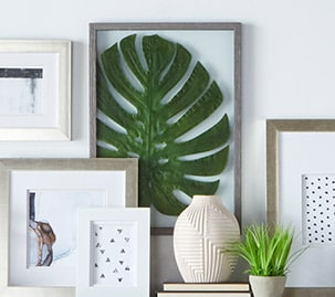 Framed Monstera Leaf